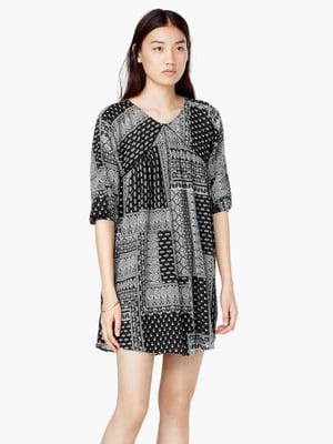 Платье черное с принтом | 5669018