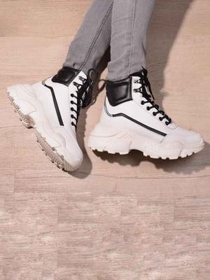 Кроссовки белые   5642715