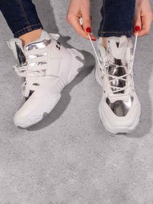 Кросівки біло-сріблястого кольору | 5642731