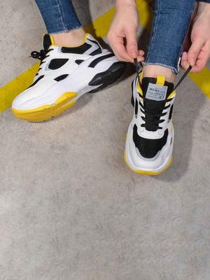 Кроссовки комбинированного цвета | 5642780