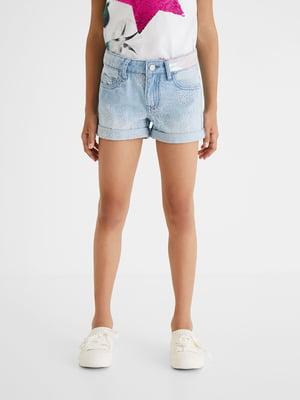 Шорти джинсові блакитного кольору з малюнком | 5686228
