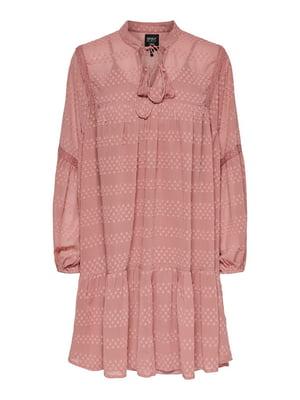 Платье розового цвета с узором | 5687613