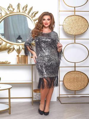 Сукня сріблястого кольору в принт | 5691026