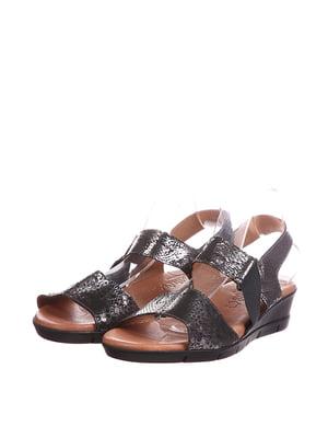 Босоножки черно-серебристого цвета с анималистическим узором | 5694131