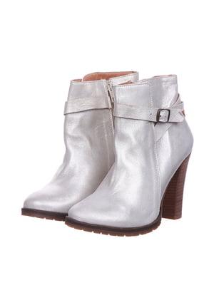 Ботинки перламутрового цвета | 5694354
