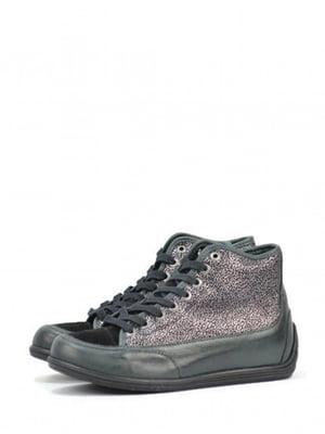 Ботинки черно-зеленого цвета с декором | 5694268