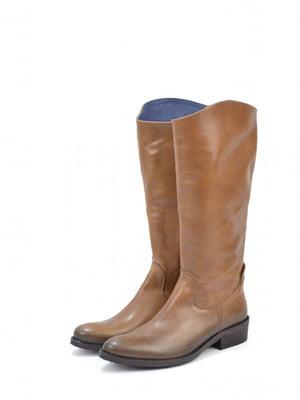 Чоботи коричневого кольору   5694277