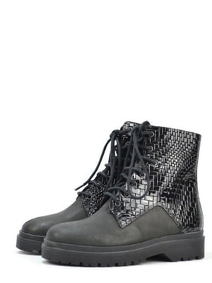 Ботинки черные с узором | 5694336