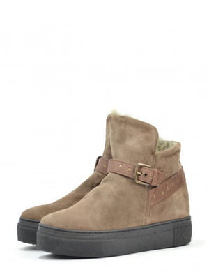 Ботинки коричневого цвета | 5694391