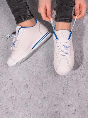 Кросівки білі | 5643175