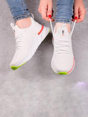 Кросівки білі | 5643529