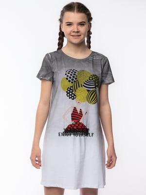 Сукня-футболка біло-сіра з принтом | 5690686