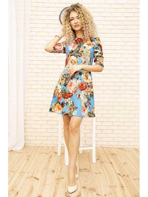 Платье голубого цвета с цветочным принтом | 5703921
