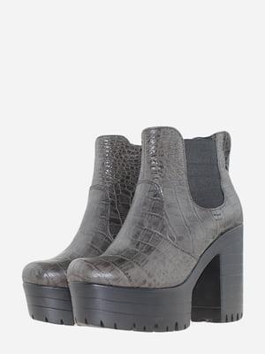 Ботинки серые с анималистическим узором | 5696986