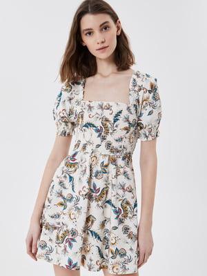 Платье белое с принтом | 5708615