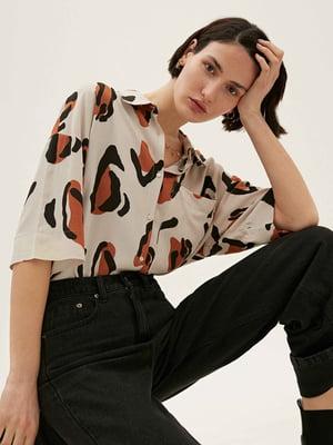 Рубашка-туника бежевого цвета в принт | 5710577