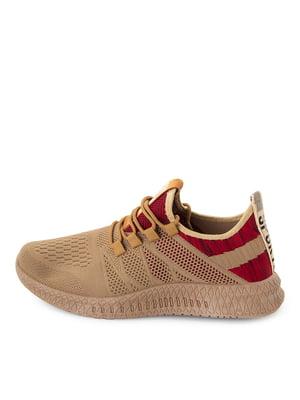 Коричневі кросівки з червоними елементами | 5716506