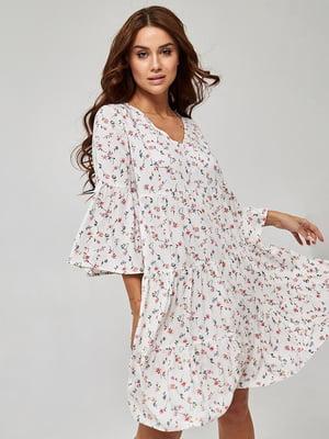 Платье белое с цветочным принтом | 5733687