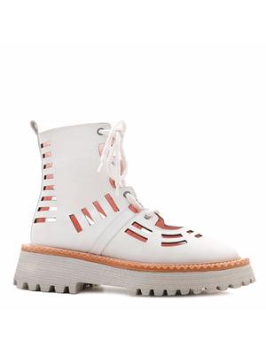 Ботинки белые с перфорацией | 5736081