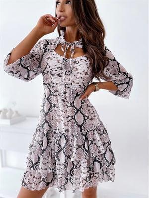 Платье пудрового цвета в принт   5760591