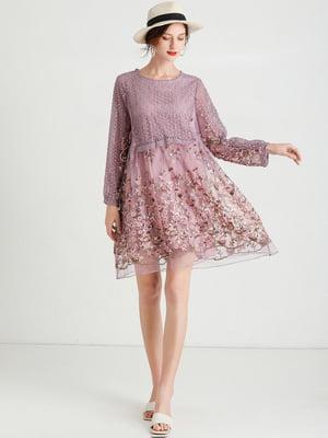 Платье пудрового цвета с рисунком   5764205