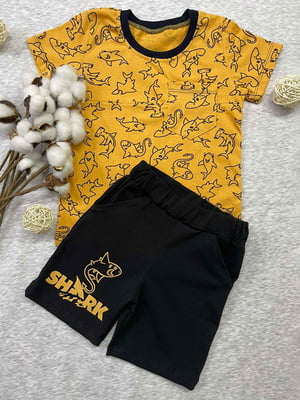 Комплект: футболка и шорты | 5802762