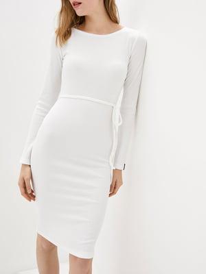 Платье-футляр белое   5905281