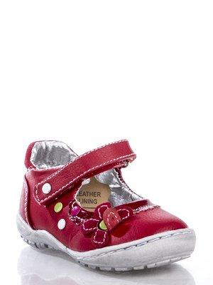 Туфли красные, декорированные заклепками и цветком | 363464