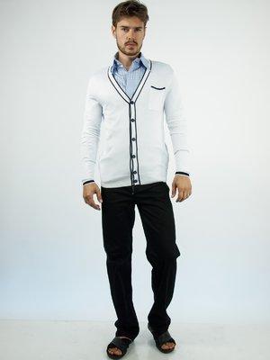 Кофта белая с накладным карманом и контрастной отделкой | 28752