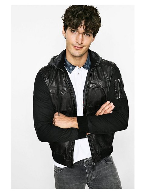 Куртка чорна Desigual 3147460