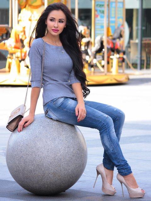 Блуза димного кольору Rebecca Tatti 2589163
