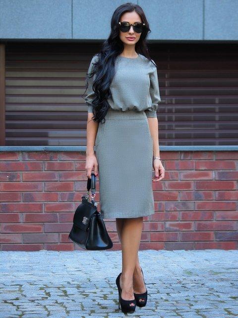 Сукня кольору бежевий хакі Rebecca Tatti 2918028