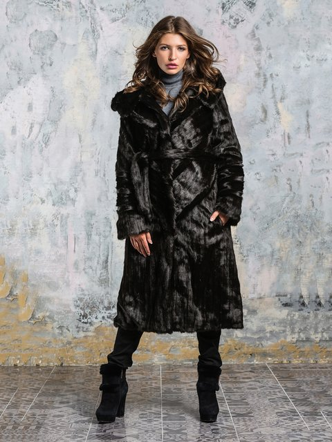 Шуба шоколадного цвета Grand Furs 3946469