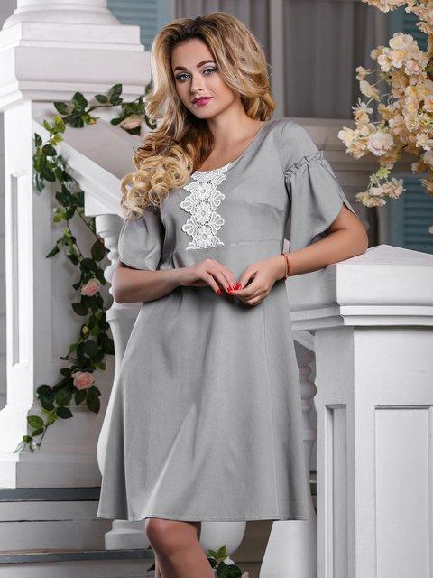 Сукня світло-сіра в комбінований принт Seventeen 4263021
