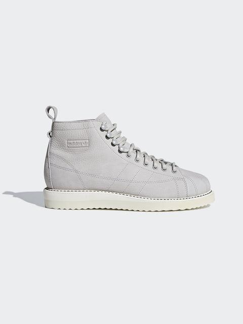 /botinki-svetlo-serye-adidas-originals-4623220
