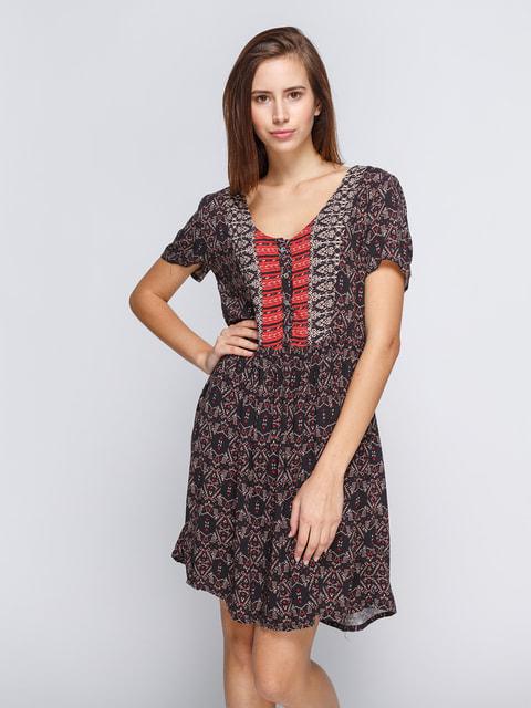 Сукня чорна в принт Pull&Bear 4647337