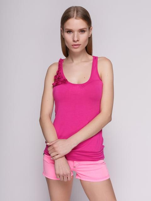 Майка яскраво-рожева зі складками і декоративними квітками Punk Queen 475057