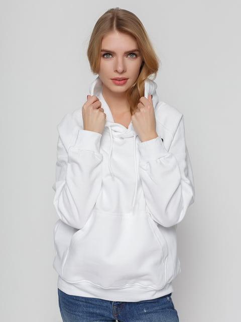 /hudi-belaya-s-printom-bom-4861861