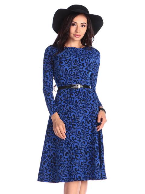 Сукня синього кольору в принт з поясом Maurini 4669527