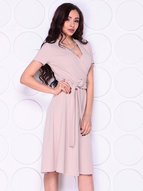 Платье бежевое Laura Bettini 4911478