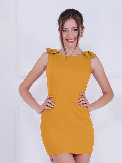 Платье горчичного цвета Podium 5035620