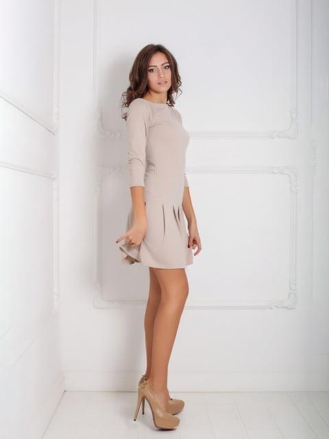 Платье бежевое Podium 5035937