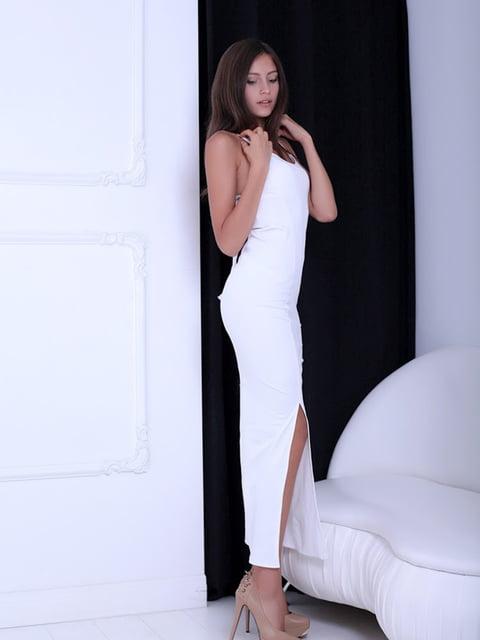 Платье белое Podium 5036127