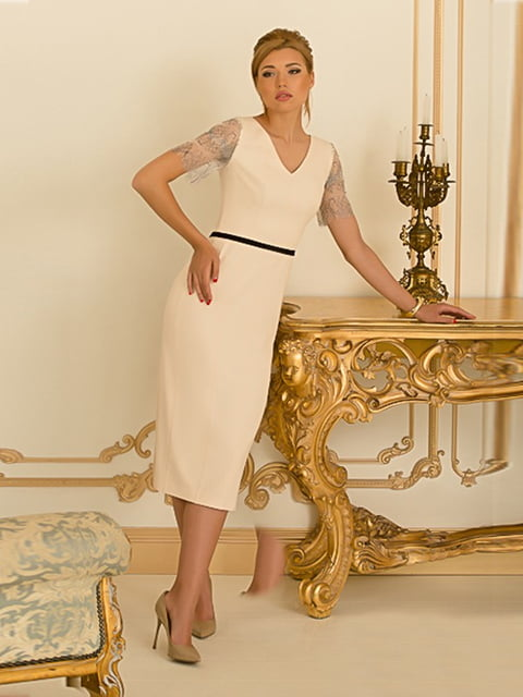 Платье молочного цвета Lesya 5109803