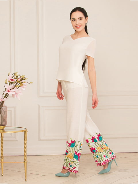 Блуза молочного цвета Lesya 5115759