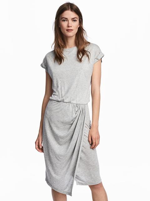 Платье светло-серое H&M 5171088