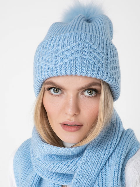 Шапка блакитна Sewel 5188802